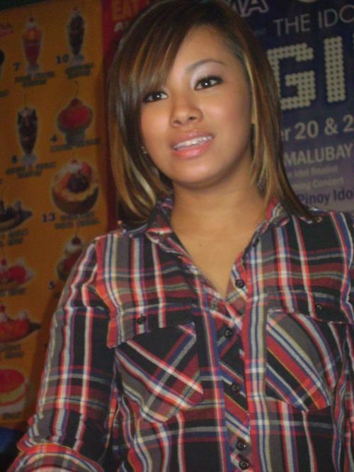 American Idol finalist Ramielle Malubay.