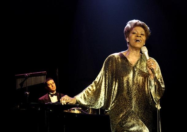 Songstress Dionne Warwick