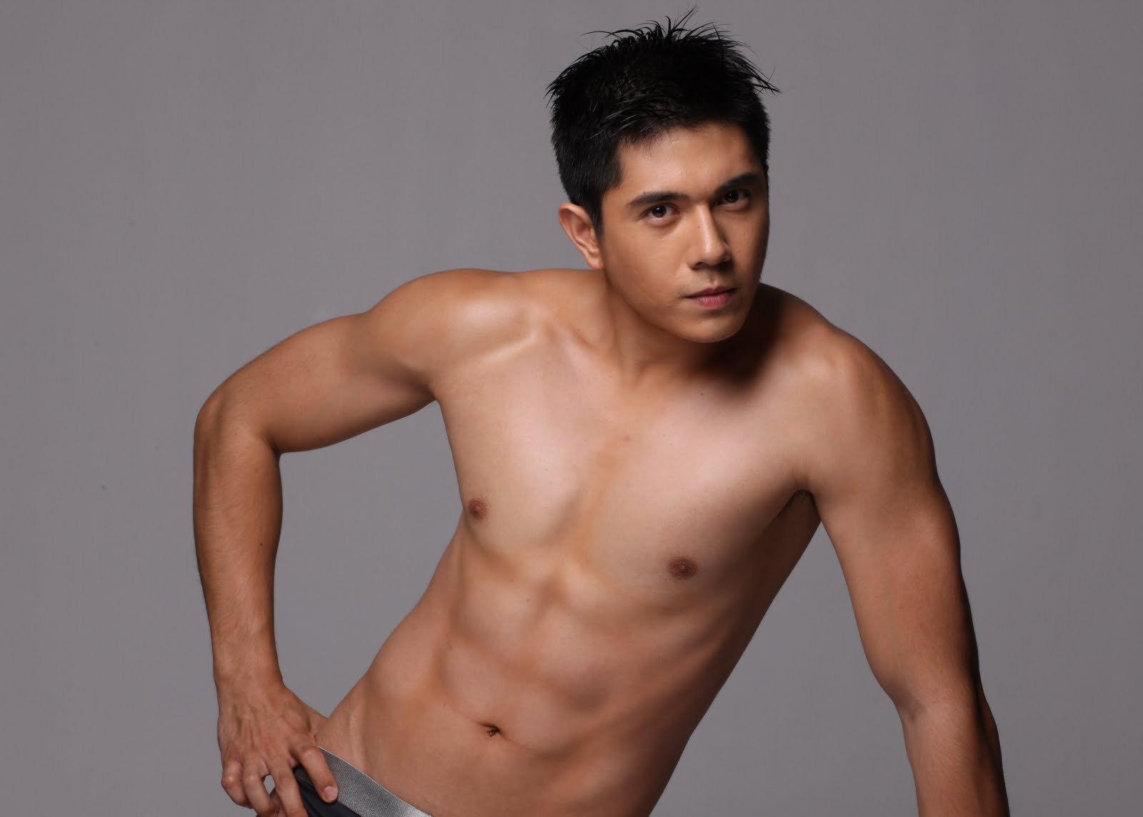 Advise Nude Filipino Male Models