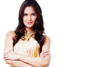 Tweetie de Leon hosts'Project Runway's new season