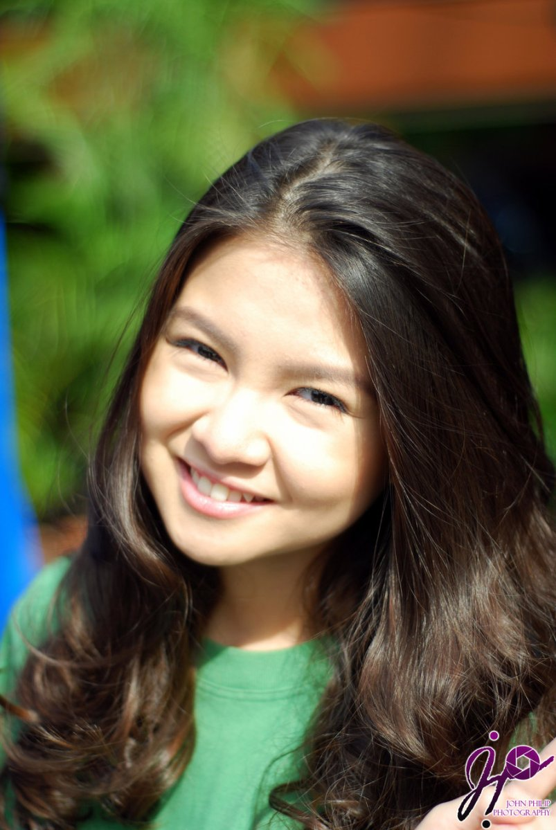 Barbie Forteza 2012