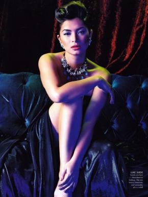 Angel Locsin is the most decorated film actress of the year