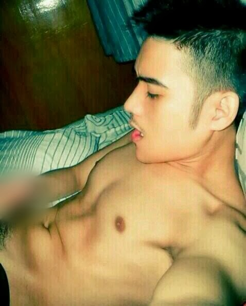Pinoy hunks fake nude