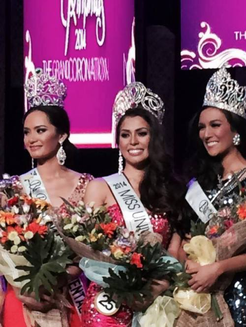 Miss Universe Philippines 2014 Mary Jean Lastimosa and her court
