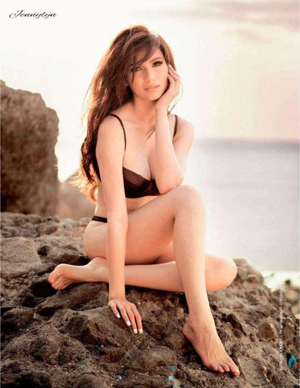 Jennylyn Mercado in sexy bikini