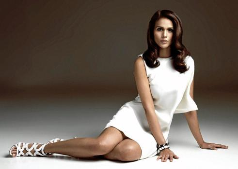 Iza Calzado Showdown in Manila