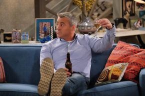 Facetime: 'Friends' star Matt Le Blanc is 'Man with aPlan'